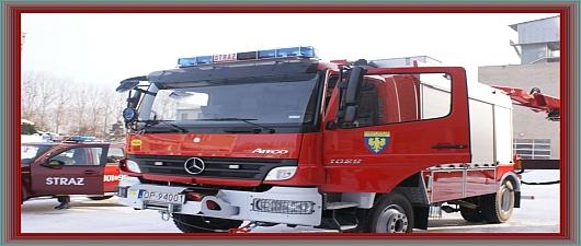 Specjalistyczny samochód strażacki dofinansowany przez powiat opolski